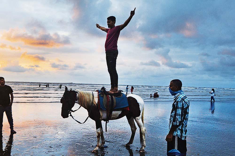 Job Alert! Hirings Are Back As India Inc Beats Pandemic Blues