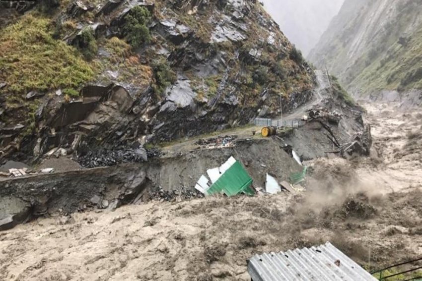 Himachal: Tourists Stranded In Lahaul Spiti Make Video Appeal, Air Rescue Op Today