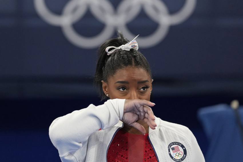 Simone Biles Withdraws From Vault, Uneven Bars At Tokyo Olympics
