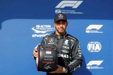 F1: Lewis Hamilton Takes Pole In Hungary, Aims For 100th Win