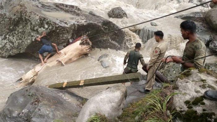BJP Unit Of J&K Sends Relief Material For Cloudburst-Hit Kishtwar On Fourth Day Of Rescue Operation