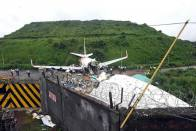 50 Killed, 49 Wounded In Philippines' Worst Military Air Disaster