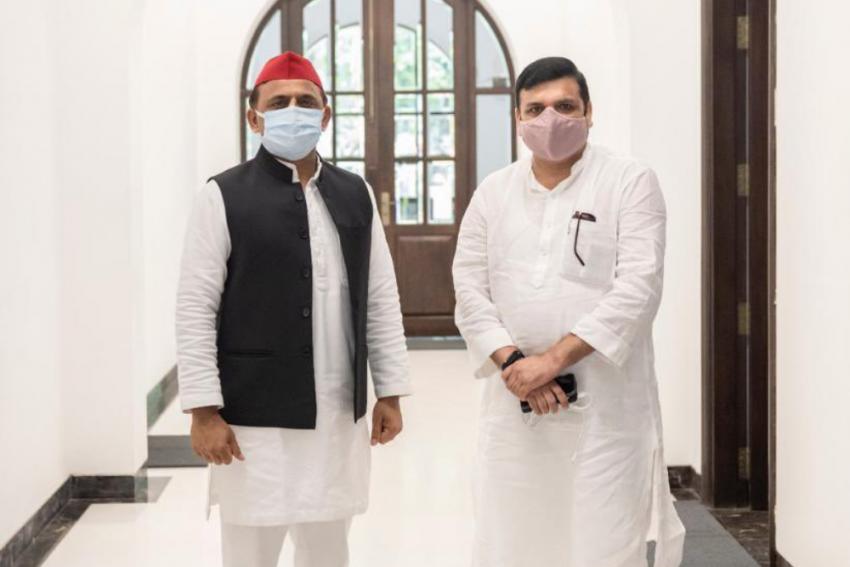Akhilesh Yadav's Meeting With AAP's Sanjay Singh Raises Alliance Murmurs
