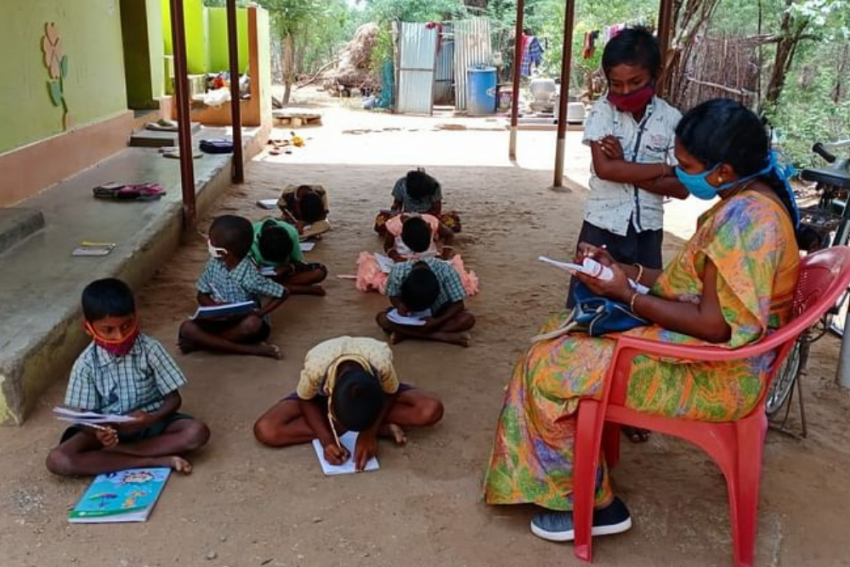 TN Teacher Visits Students' Homes To Give Lessons As Pandemic Keeps Schools Shut