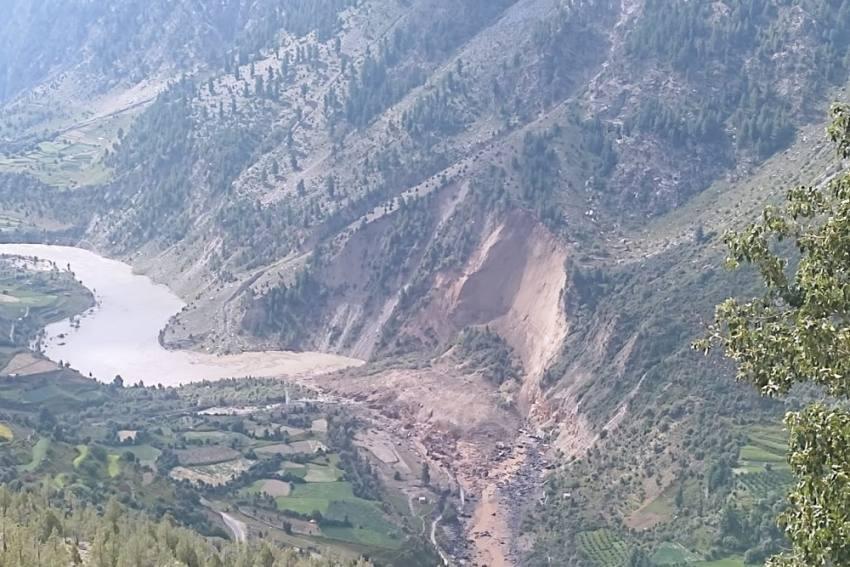 Watch: Massive Landslide Blocks Chenab In Lahaul Spiti, Threat To Villages