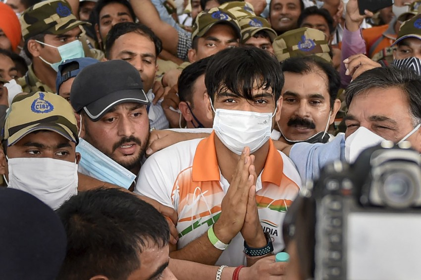 Neeraj Chopra Health Update: Tokyo Olympics Gold Medallist Has Fever But Tested Negative For COVID-19