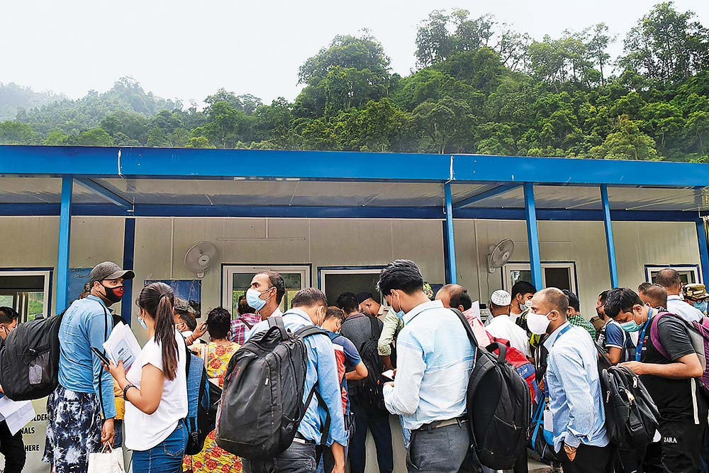 Traveller's Bug: Covid Cases Spike In Bengal As Tourists Rush To Escape The Heat