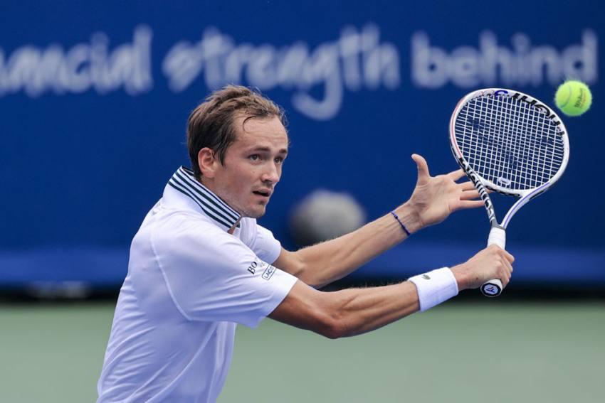 Cincinnati Masters: Daniil Medvedev Advances To Quarterfinals; Naomi Osaka Knocked Out