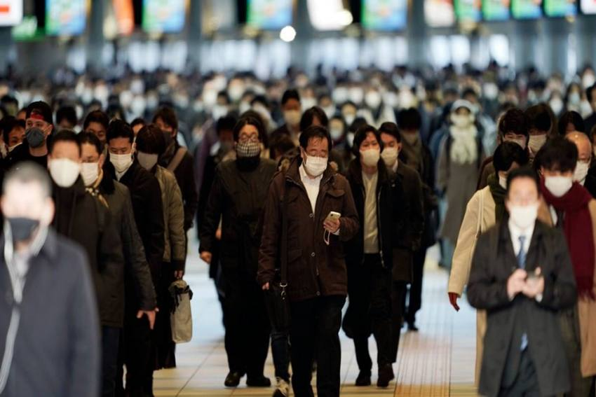 Japan To Further Expand Virus Emergency Areas As Cases Surge