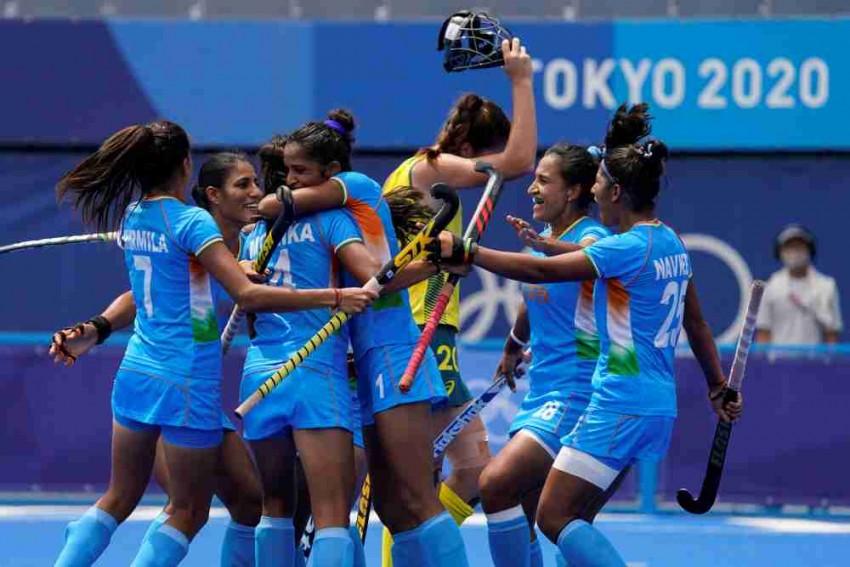Indians at Tokyo Olympics On Aug. 4: Spotlight On Boxer Lovlina Borgohain, Women's Hockey Team - Watch Live