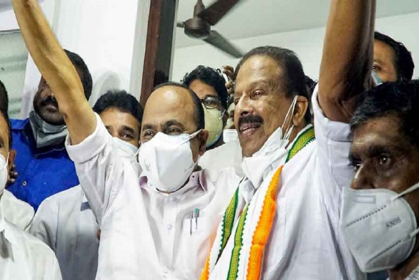 Kerala: Infighting In Congress Deepens As 'Group Politics' Comes To The Fore