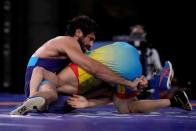 Live Streaming, Indians at Tokyo Olympics On Aug 5: Ravi Kumar Dahiya Sniffs Wrestling Gold, Men's Hockey Team Eyes Bronze