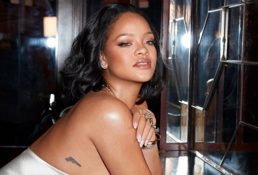 Rihanna Becomes The World's Richest Female Musician