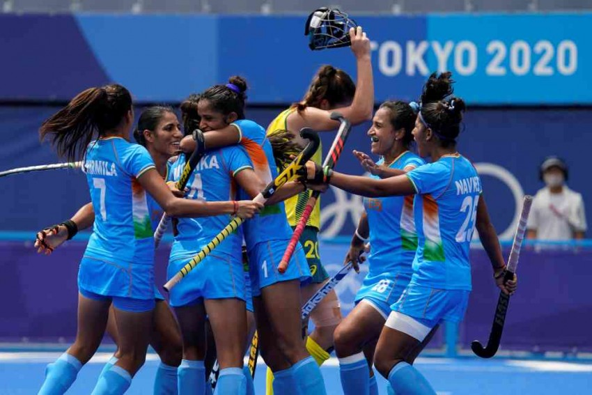 India Vs Great Britain: IND Women's Hockey Team Loses 3-4 In Bronze Medal Match At Tokyo Olympics - Highlights