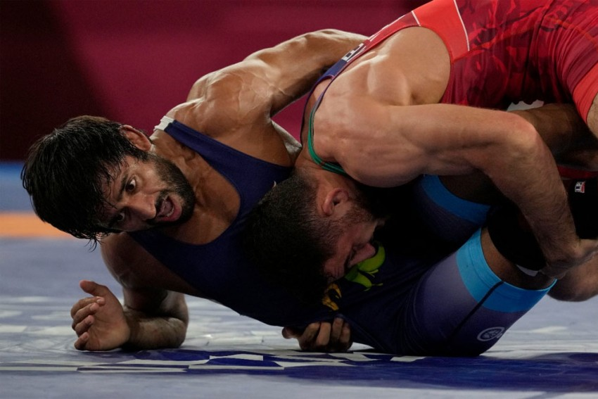 Indians At Tokyo Olympics: Bajrang Punia To Fight For Bronze, Aditi Ashok In Sight Of Golf Medal - Highlights