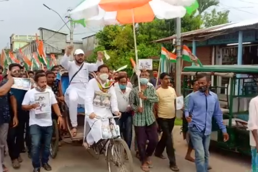 Tripura Congress Leader Pedals Rickshaw To Protest Fuel Price Hike