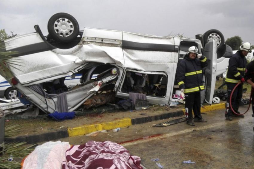 14 People Killed As Bus Overturns In Turkey