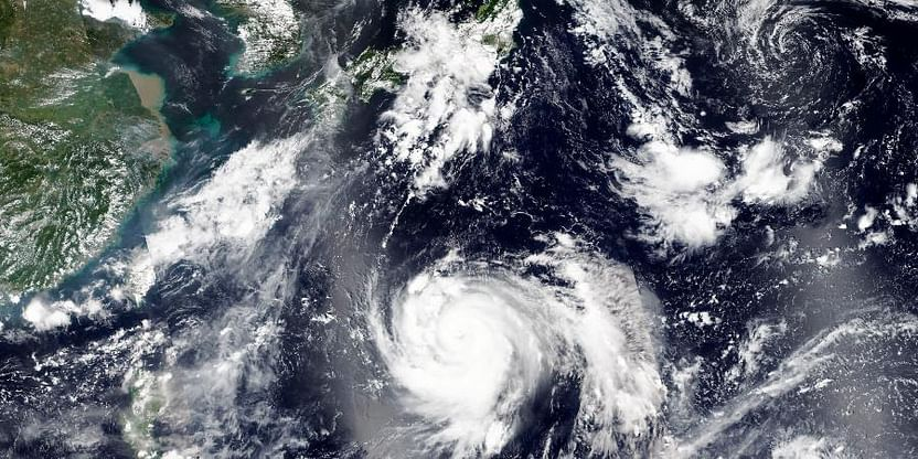 Taiwan Warns Ships, Expects Waves In South As Typhoon Chanthu Approaches