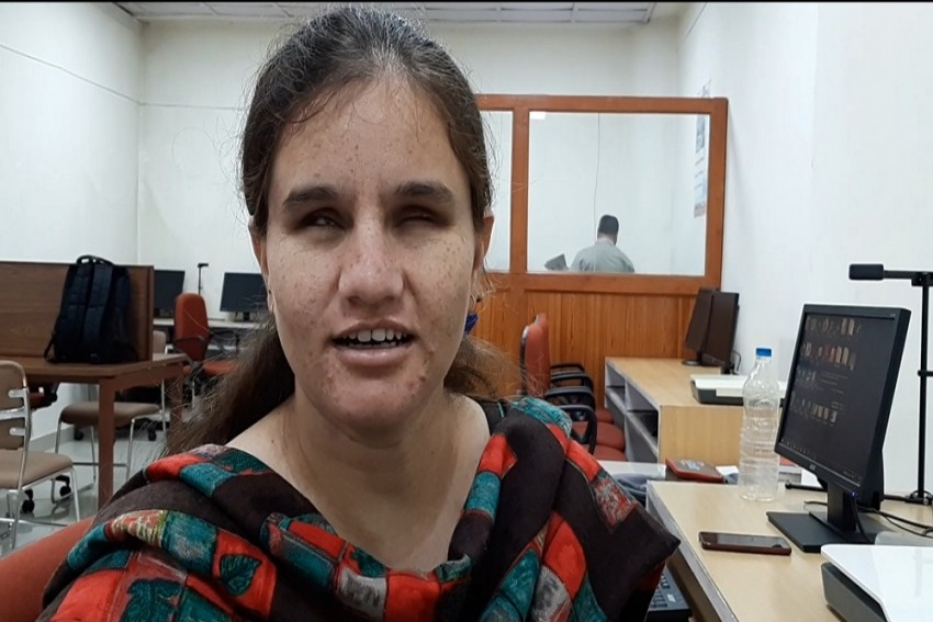 Meet Muskan, Visually Impaired PhD Scholar And Singer, Who Has Been Named EC 'Youth Icon'