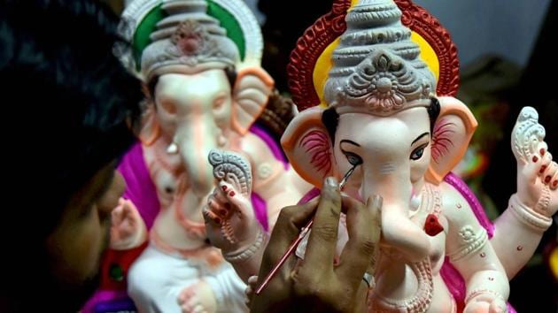 'Science For Environment': MP Students Make Ganesha Idols That Can Purify Water