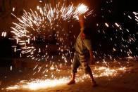 Delhi Govt Bans Firecrackers During Diwali