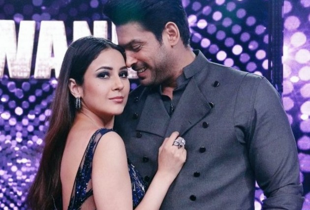Shehnaaz Gill's Fans Rejoice As Diljit Dosanjh Shares An Update On Her Upcoming Film 'Honsla Rakh'