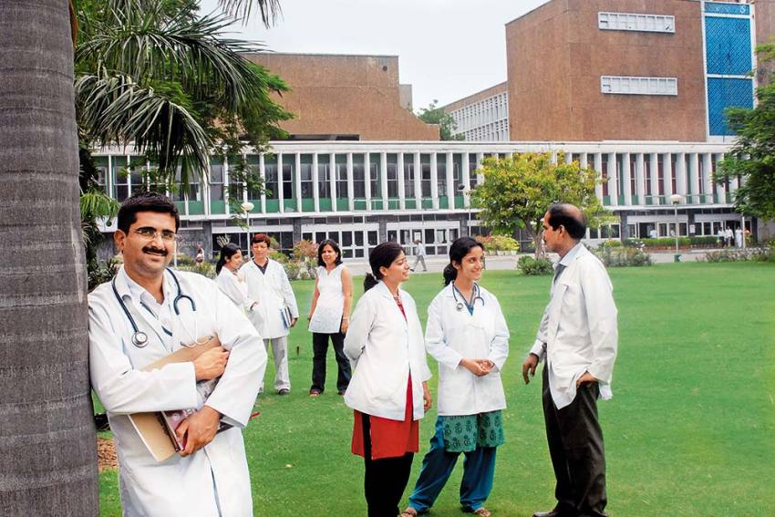 Outlook-ICARE India's Top Universities Rankings 2021: Top 15 Government Medical Universities