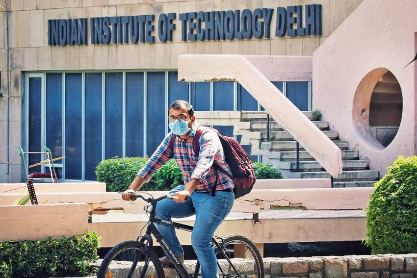 Knowledge Democracy Spreads Through IITs And Top Institutes