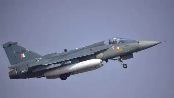 Indian Air Force Scheduled To Host Air Show Over Srinagar's Dal Lake On Sep 26