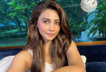 Daisy Shah: Love Animals With All Your Heart, And If You Can't, Then Don't Hate Them Or Harm Them