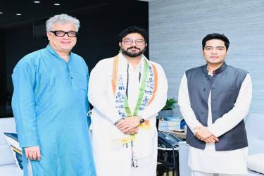 West Bengal: Babul Supriyo Who Had Quit BJP And 'Retired' From Politics Joins Mamata's TMC