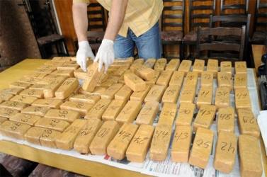 Gujarat ATS And Indian Coast Guard Apprehend Iranian Consignment With Huge Drug Stock, 7 Crew Members Arrested