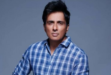 Sonu Sood Issues Statement On Twitter After Raids By Income Tax Department