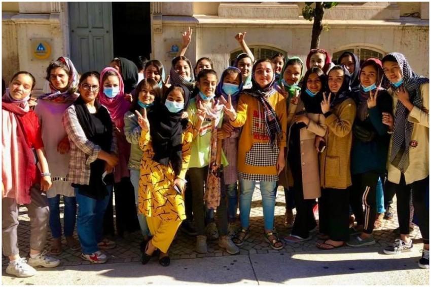 Afghanistan Girls Football Team Given Asylum In Portugal