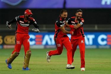 Glenn Maxwell, Harshal Patel Star As Royal Challengers Bengaluru Hammer Mumbai Indians In IPL 2021 - Highlights