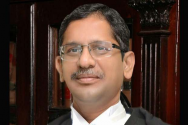 Strongly Recommend 50% Reservation In Judiciary For Women Lawyers: CJI