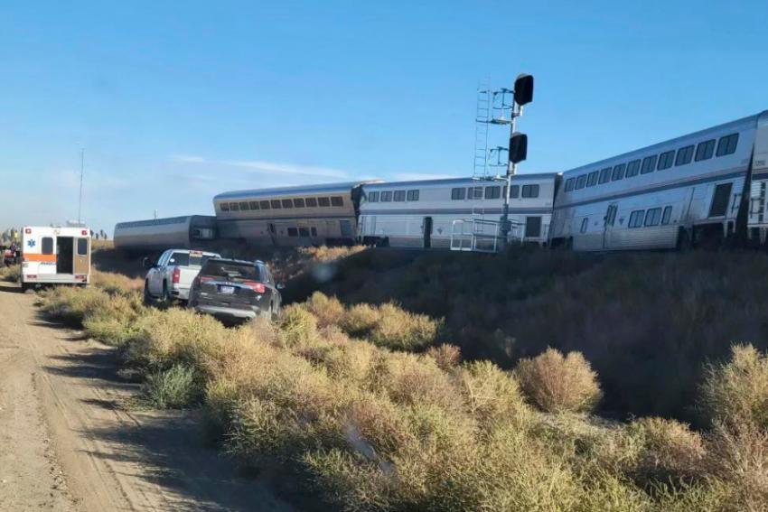 US Train Derailment: 3 Killed, Several Injured As Train With 147 Passengers Derails