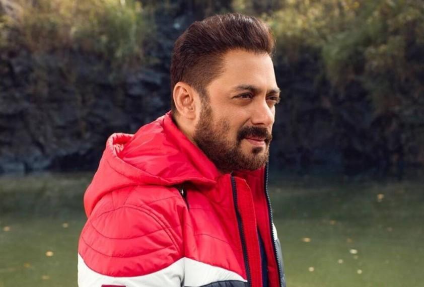 Salman Khan Returns To The Bay For 'Bigg Boss 15'
