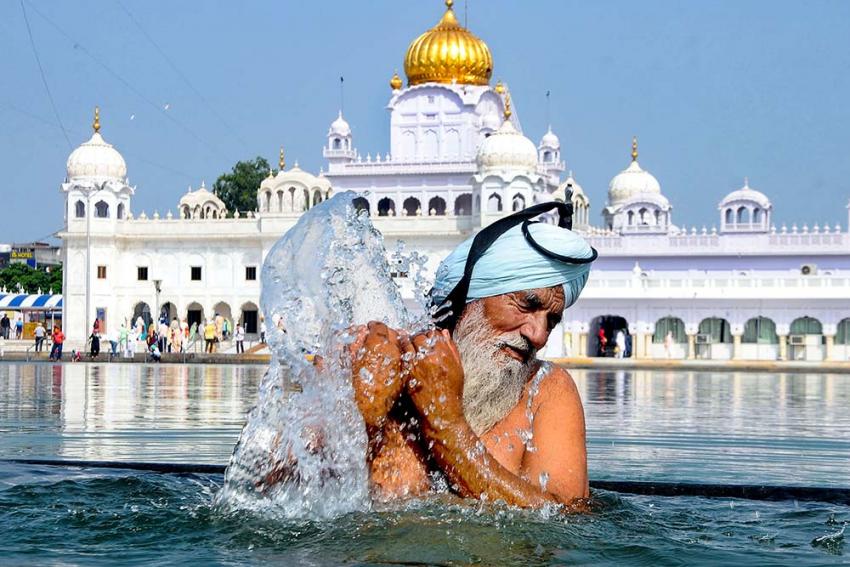Delhi Gurudwara Shelters 44 Sikhs Evacuated From Afghanistan