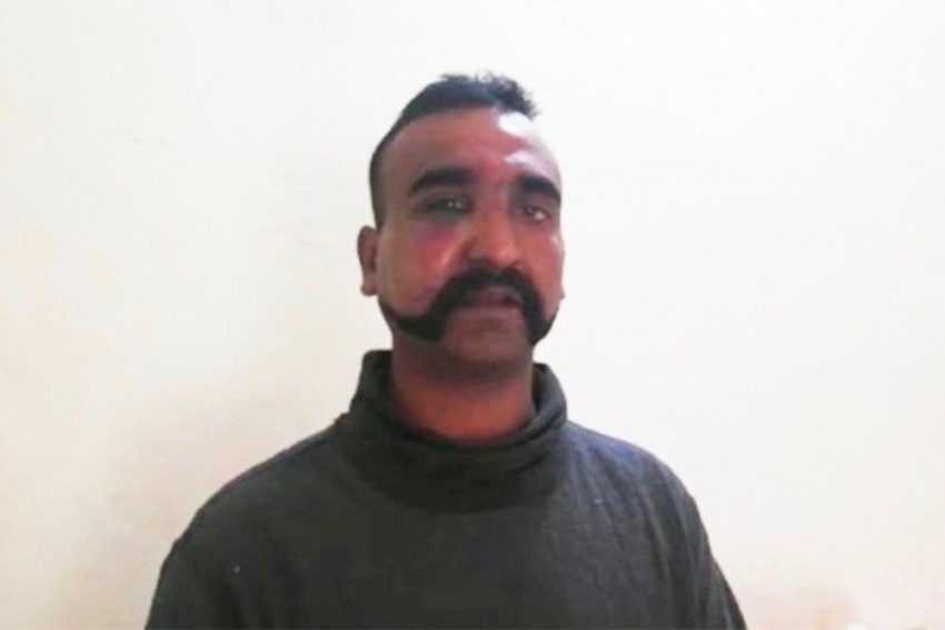 Tamil Nadu Leaders Seek Cheap Publicity By Visiting IAF Pilot Abhinandan Varthaman's Home