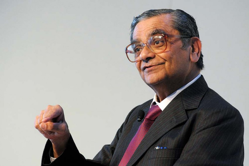 Oh No! Jagdish Bhagwati In Yet Another War Of Letters