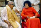 An Atheist Himself, Karunanidhi Had Much In Common With Godman Sathya Sai Baba