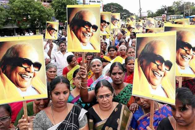 Chief Ministers Who Unfurl National Flag On Independence Day Have One Person To Thank- Karunanidhi