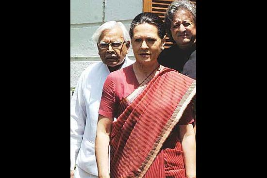 From #NatwarBomb To #SoniaAutobiography