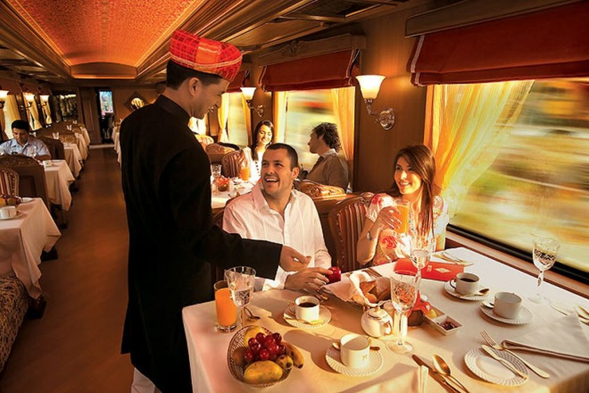 Cheerful News For Rail Enthusiasts: 'Palace on Wheels' Is Back