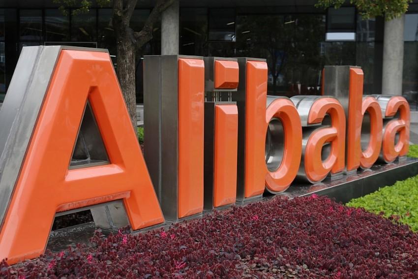 India Welcomes Alibaba, Exit Door For Walmart