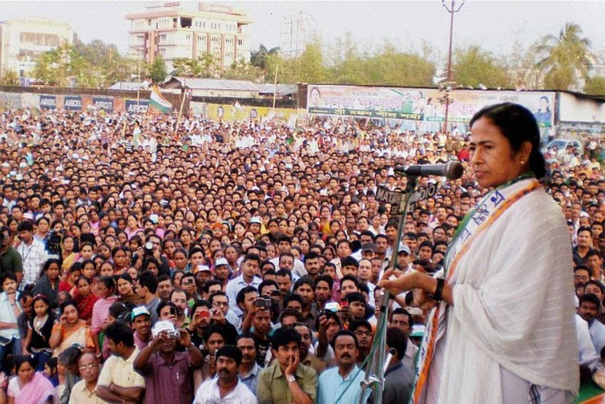 With A Formidable BJP, Is Mamata Worried About Hindu Votes?