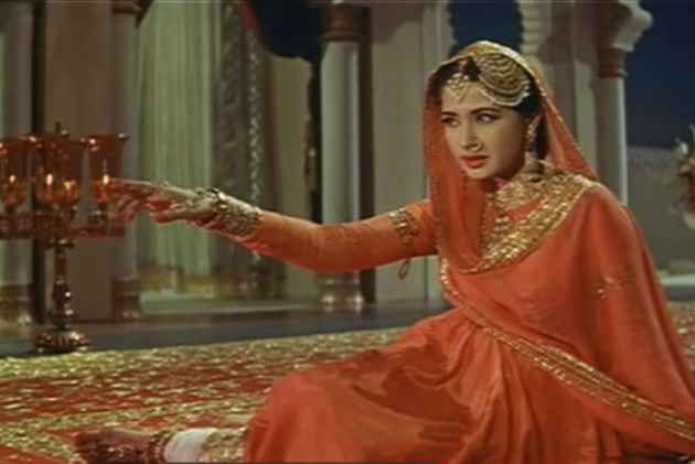 More Than A Tragedy Queen, Meena Kumari Epitomised Versatility In A Patriarchal Film Industry