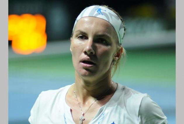 Watch: Svetlana Kuznetsova Snips Her Hair And Bosses The Match
