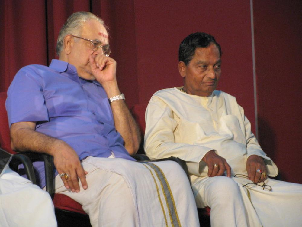 Varma with Kathakali maestro Kalamamandalam Gopi